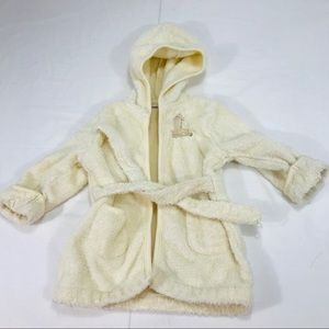 First Impression Cream Robe with a Giraffe on it